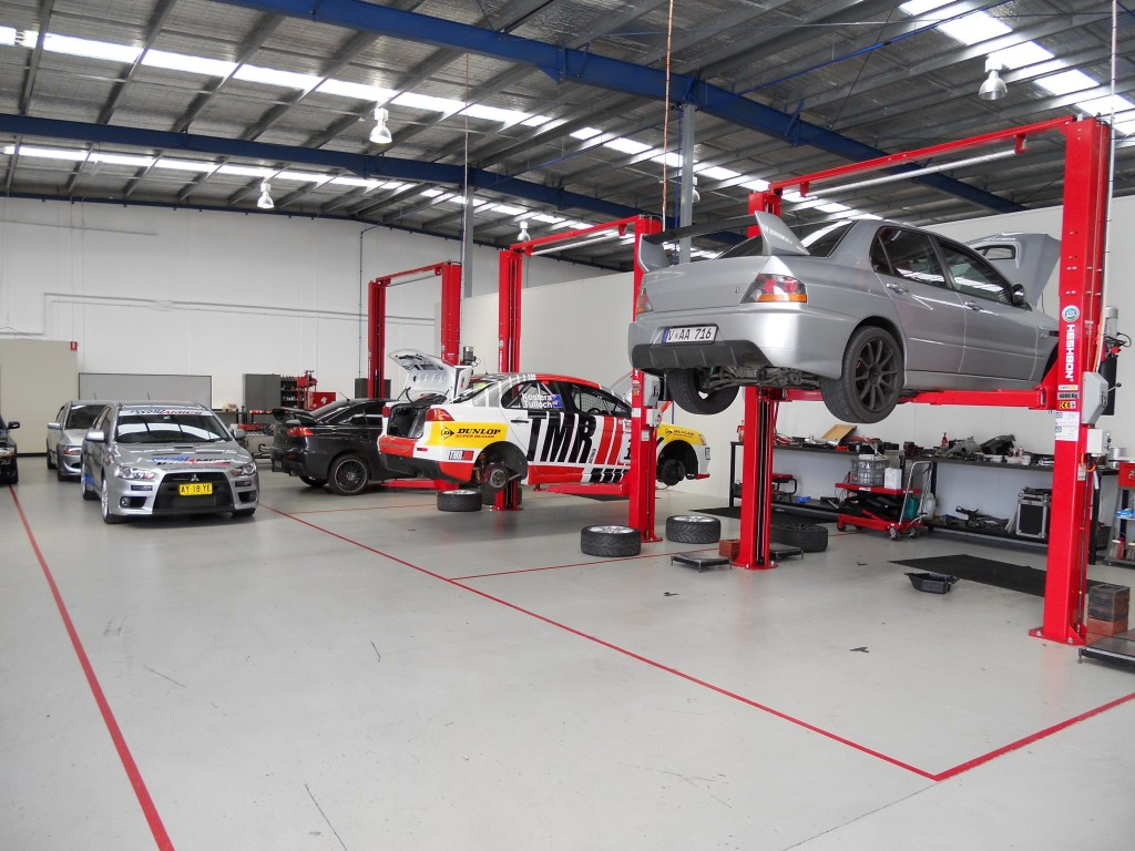 Melbourne Workshop Visits Tmr Revzone Chasers And Racepace